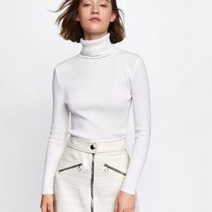Zara Skirts - TWEED MINI SKIRT